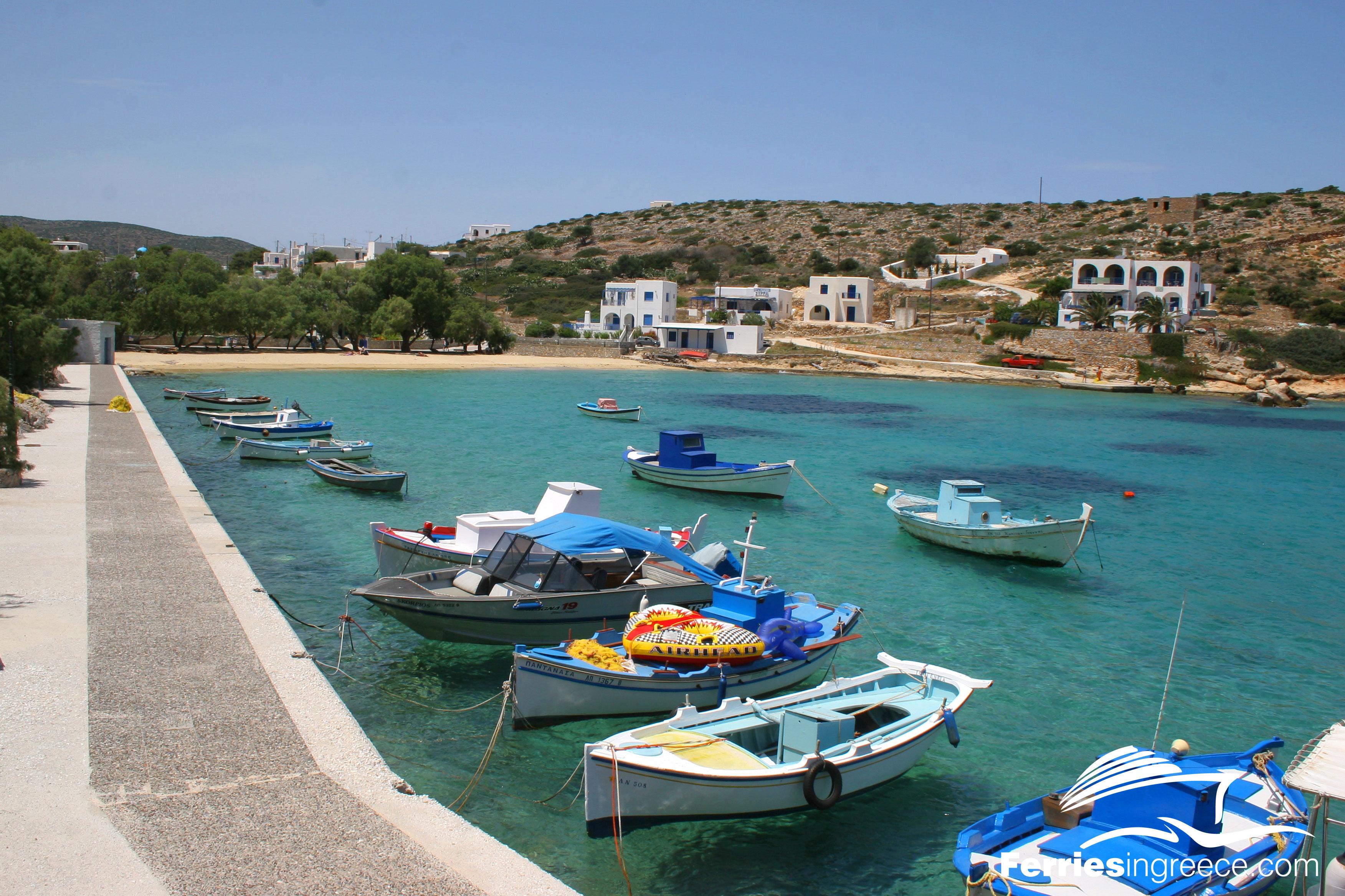 Iraklia-port