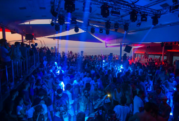 Dance Clubs Over  Long Island