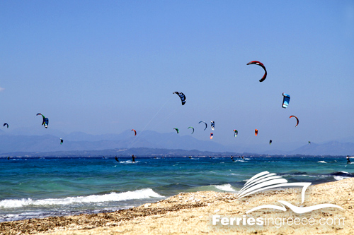 Fun activities in Greece: Windsurfing and kitesurfing