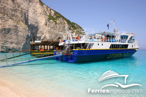 Boat tours and sailing in Greece