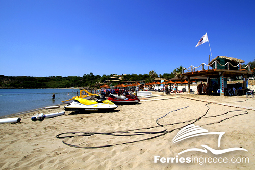 Fun activities in Greece: Watersports and games