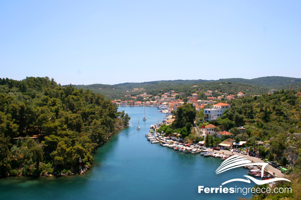 Small Ionian islands: Paxi