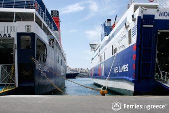 piraeus port athens to santorini